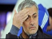 """Bóng đá - Sa thải Mourinho, Chelsea tính """"xù"""" tiền đền bù?"""