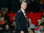 """Bóng đá - MU ê mặt, Van Gaal """"sợ"""" mất ghế như Mourinho"""