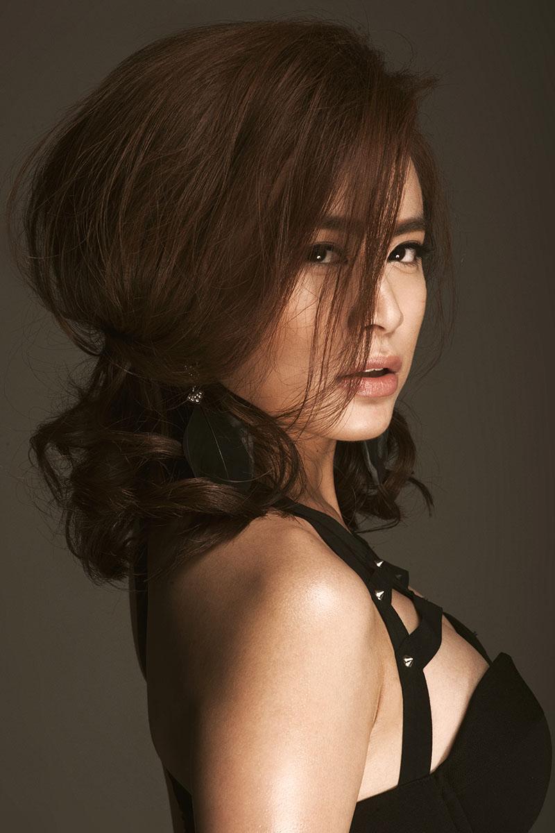 Hoàng Thùy Linh bốc lửa đốt cháy đêm CK Next Top Model - 5