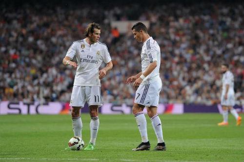 Real: Ronaldo đá phạt thua Bale, sắp mất quyền ưu tiên