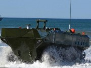 """Thế giới - Khám phá xe bọc thép biết chạy """"ầm ầm"""" dưới biển của Mỹ"""
