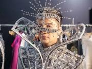 Ca nhạc - MTV - Choáng với kho hàng hiệu dát vàng cho show 12 tỷ của Mr. Đàm