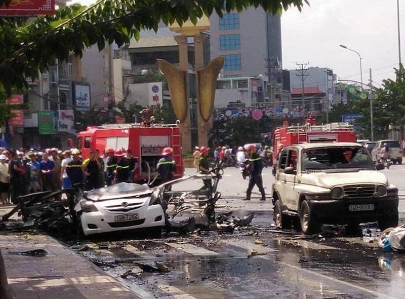 Vụ nổ taxi ở Quảng Ninh: Hành khách tự sát bằng mìn