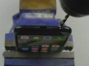 """Thời trang Hi-tech - Video: """"Phì cười"""" với màn tạo giắc cắm tai nghe cho iPhone 7"""