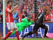 Bóng đá - Cú tung cước làm Bayern ôm hận đẹp nhất V6 Bundesliga