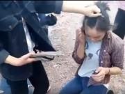 Bạn trẻ - Cuộc sống - Nhóm nữ sinh lớp 9 đánh hội đồng 2 bạn nữ vì ghen tuông