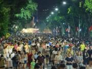 Tin tức trong ngày - Hà Nội chưa đồng ý mở thêm 9 tuyến phố đi bộ