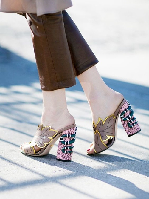Bạn nhất định phải có một đôi giày thật đẹp! - 6