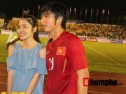 Bóng đá - ĐTVN: Fan nữ ngất ngây với Tuấn Anh, Xuân Trường