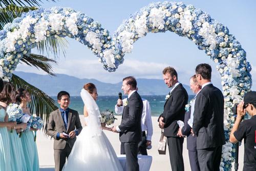 Choáng ngợp lễ cưới xa hoa của cô gái Ninh Bình - 9