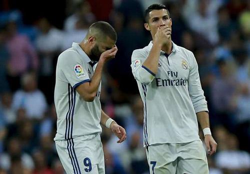 Real lục đục vì Zidane thiên vị Ronaldo-Bale-Benzema