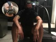 """Bóng đá - MU: Ibrahimovic đeo mặt nạ """"dị"""", tập luyện điên cuồng"""