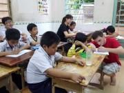 Tin tức trong ngày - Giành giật những đứa trẻ từ xóm tệ nạn