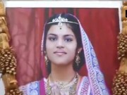 Phi thường - kỳ quặc - Bé gái Ấn Độ tử vong sau 68 ngày nhịn ăn theo nghi lễ