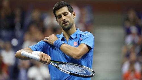 """Shanghai Masters ngày 1: Djokovic có """"tỉnh giấc""""?"""