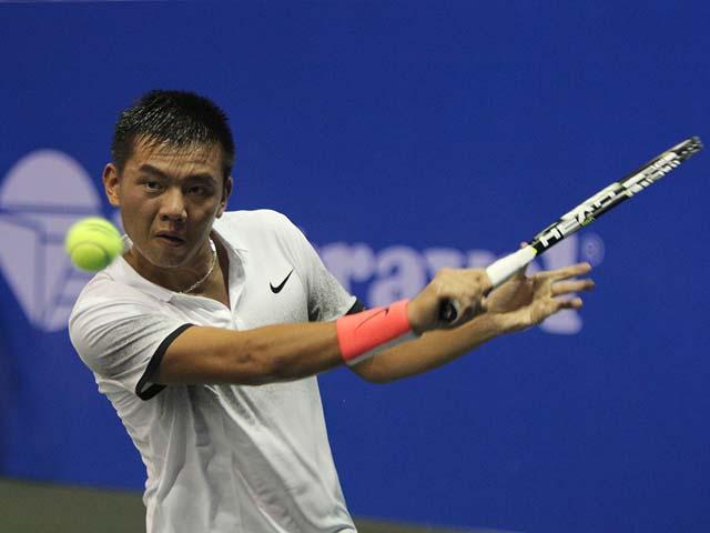 Tuyệt vời: Hoàng Nam hạ tay vợt trên hạng ở Vietnam Open