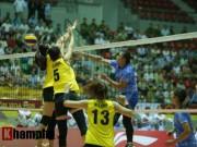 Thể thao - Gặp đối thủ cơ bắp, bóng chuyền nữ Việt Nam thắng thuyết phục