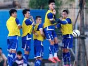 Bóng đá - Đội tuyển Việt Nam: Vá víu hàng thủ