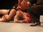 Thể thao - MMA: Ra oai giơ mặt chịu đòn, ăn 1 đá gục luôn