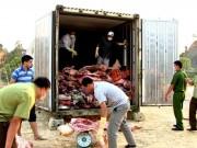 Thị trường - Tiêu dùng - Mua 10 tấn thịt lợn chết thối mang bán kiếm lời