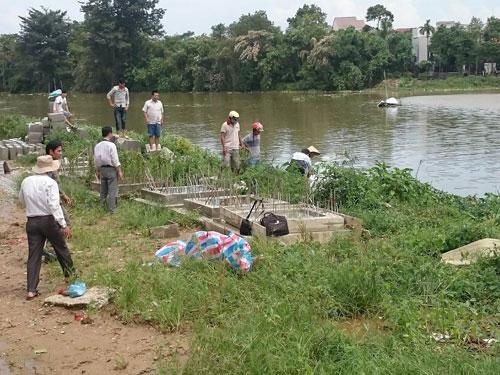 Thả lưới bắt cá, hoảng hồn phát hiện xác chết trên sông