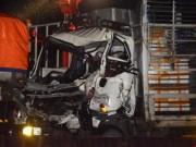 Tin tức trong ngày - 2 người mắt kẹt trong cabin, tử vong vì đường trơn