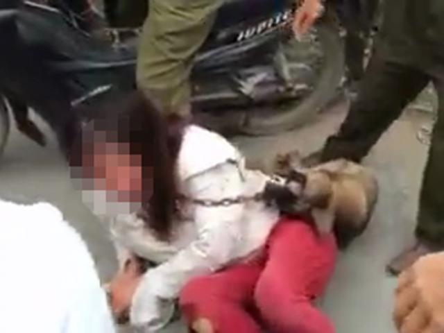 5 thanh niên đánh dã man cô gái trẻ gây sốc trên mạng phạm tội gì? 2