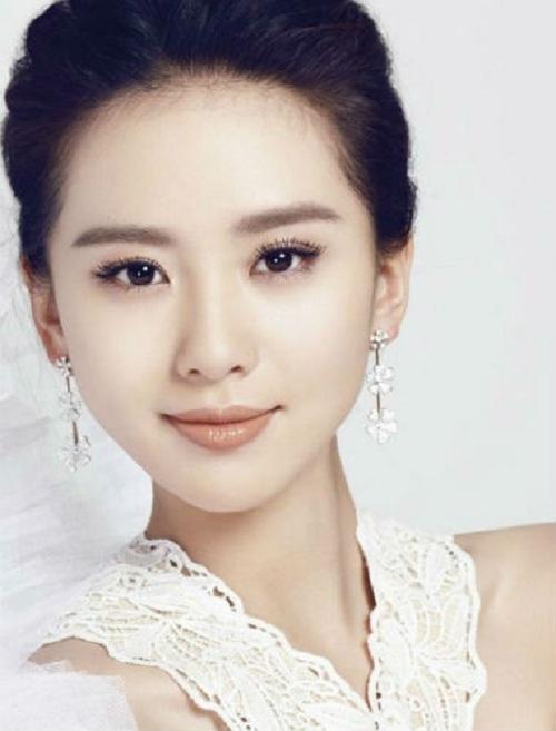 """Nhan sắc trẻ mãi của """"nữ thần Kim Ưng"""" Đường Yên - 7"""