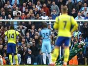 Bóng đá - Thủ môn Everton 2 lần khiến Man City ôm hận chấm 11m