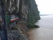 Tin tức trong ngày - Đường sắt Bắc – Nam qua Quảng Bình chưa thể thông tuyến