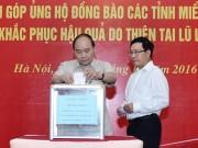 Tin tức trong ngày - Thủ tướng, Phó Thủ tướng quyên góp ủng hộ đồng bào miền Trung