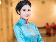 Thời trang - Hoa hậu Ngọc Hân vượt lũ đến với người dân miền Trung