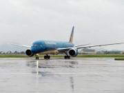 Nhiều chuyến bay bị hủy do ảnh hưởng của bão Sarika