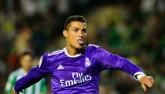 Chi tiết Real Madrid - Legia: Không may cho Ronaldo (KT)