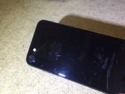 Thời trang Hi-tech - Chữ iPhone trên bản iPhone 7 Jet Black dễ bị bong