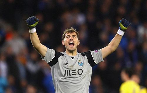 Casillas lại lập kỷ lục chỉ Ronaldo phá được - ảnh 1