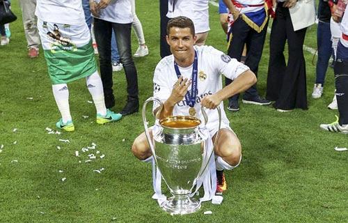 Casillas lại lập kỷ lục chỉ Ronaldo phá được - ảnh 2