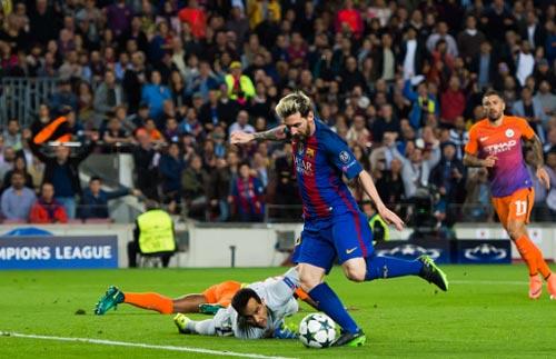 Barcelona - Man City: 2 thẻ đỏ và một cú hat-trick - ảnh 1