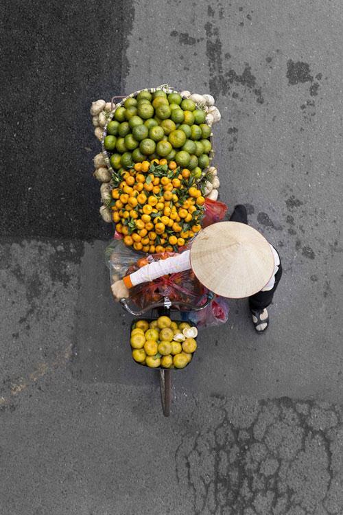 Xe hàng rong Hà Nội đẹp mê hồn nhìn từ trên cao - 2