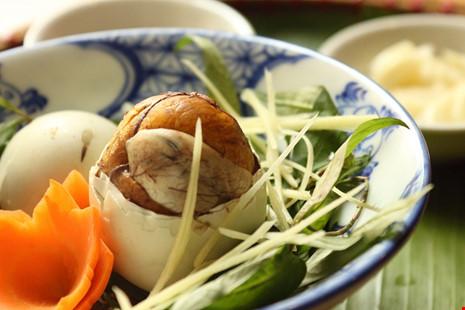 5 điều bà nội trợ Việt phải nhớ khi cho cả nhà ăn trứng vịt lộn - 2