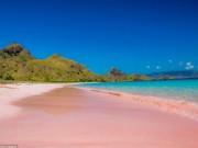 Du lịch - Những bãi biển màu hồng đẹp như mơ khắp thế giới