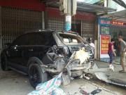 Tin tức trong ngày - Cậu bé 13 tuổi lái xe 29 chỗ gây tai nạn liên hoàn