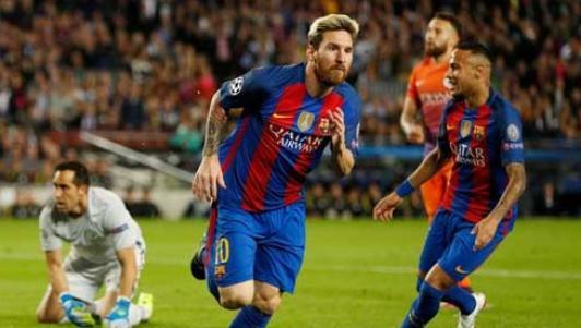 Messi - Ronaldo đua QBV FIFA: Trò đùa của số phận