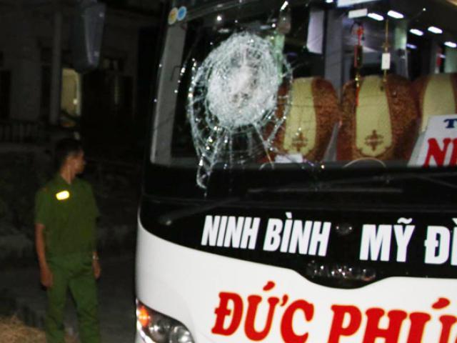 Truy tìm 9 đối tượng ném gạch vào hàng loạt ô tô ở Đà Nẵng - 2