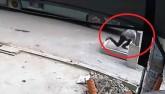 Vụ đón xe lọt hố ga: Nạn nhân chìm dưới hố sâu hơn 2m