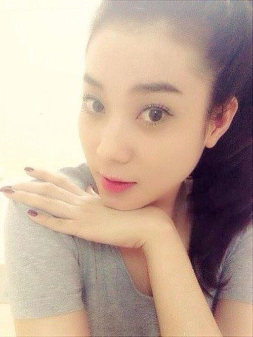 Nhan sắc vợ hot girl vừa tái hợp lại chia tay của Hùng Thuận