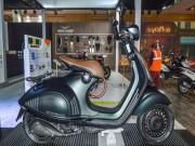 Thế giới xe - Vespa 946 Emporio Armani tái xuất giá 333 triệu đồng