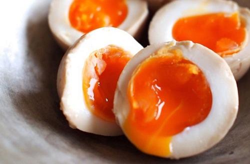 Những sai lầm khi ăn trứng gà cần loại bỏ ngay - 1