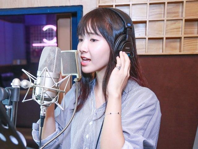 """Bất ngờ với giọng hát mộc của """"thánh nữ Bolero"""" Jang Mi"""