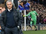 """Bóng đá - Góc chiến thuật Chelsea - MU: """"Bức tượng"""" Mourinho"""